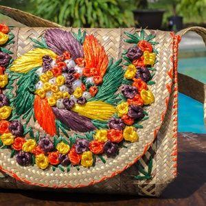 Vtg Raffia Straw Tropical Tote Bag Flower Purse